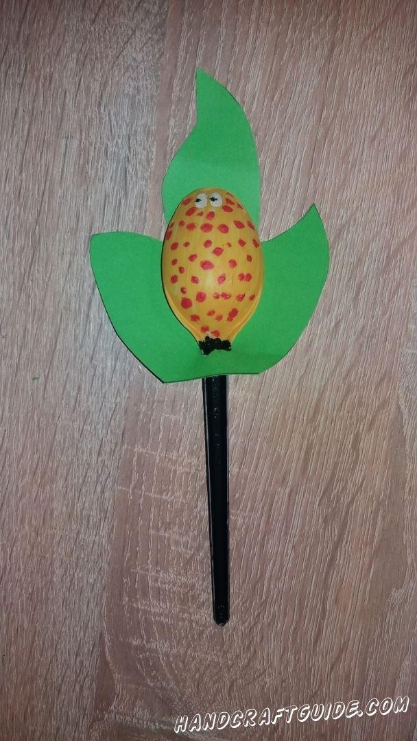 поделка из подручных материалов для детей