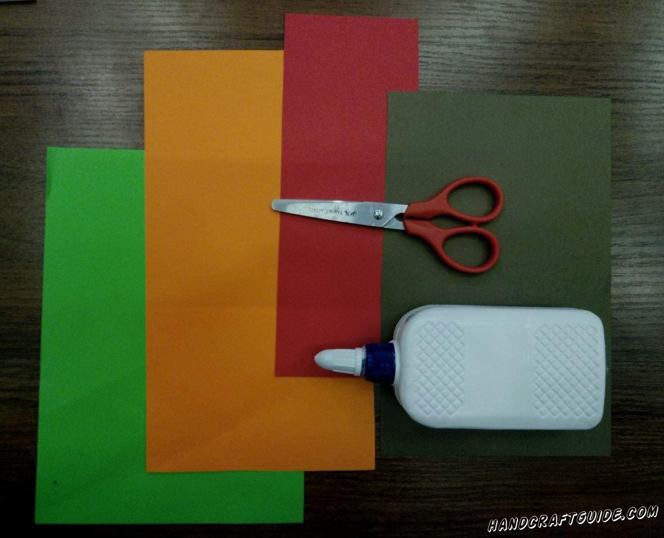 аппликация из цветной бумаги