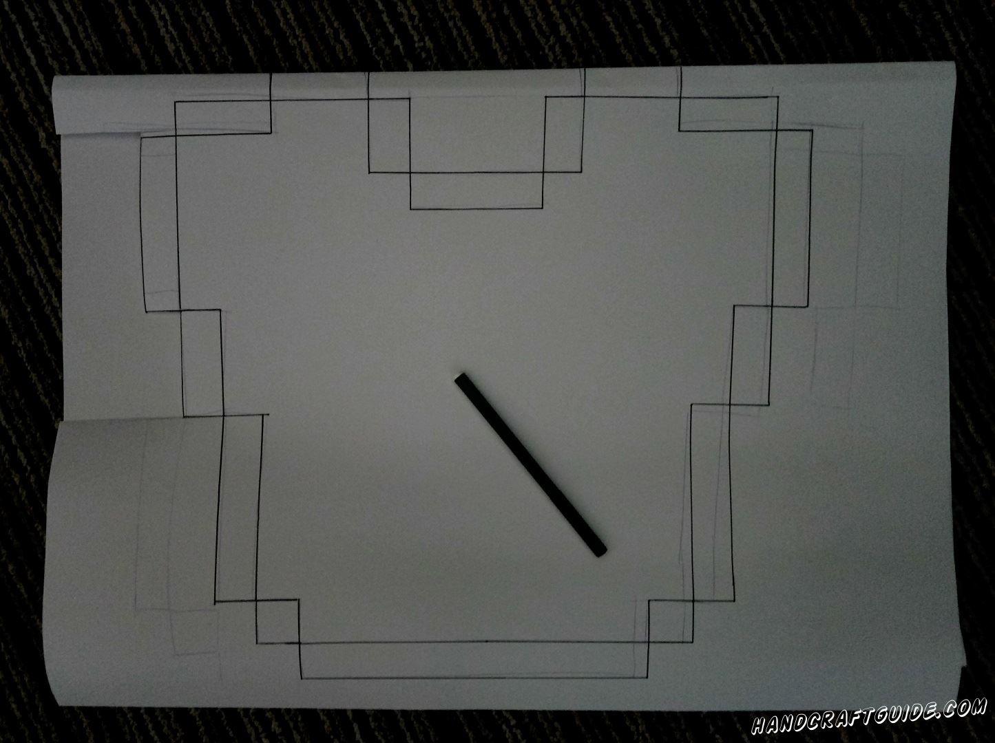Рисуем на одной стороне форму воротника, с помощью линейки и карандаша (фломастера)