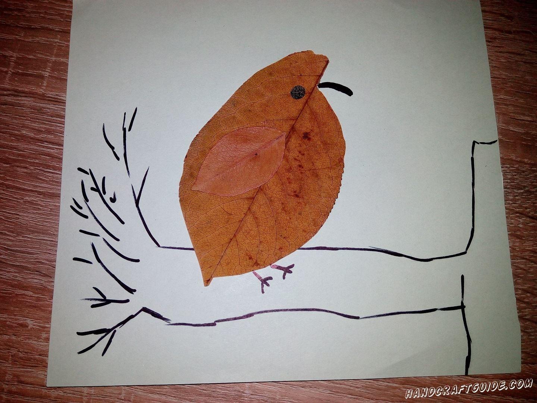 простая аппликация птицы из осенних листьев