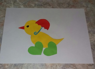 цыплёнок из цветной бумаги с зонтиком аппликация