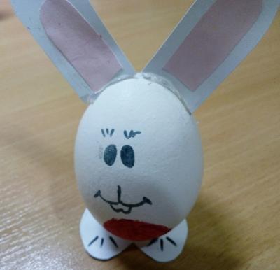 Пасхальный кролик из одного яйца