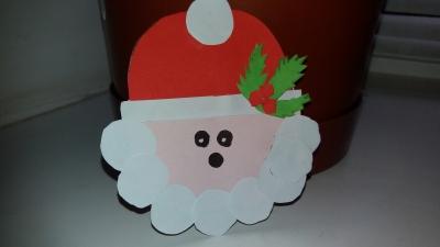 Сегодня мы сделаем бумажного Санта Клауса в преддверии рождественских праздников.