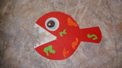 Давайте вместе с нами попытаемся сделать из злой пираньи милую разноцветную рыбку!
