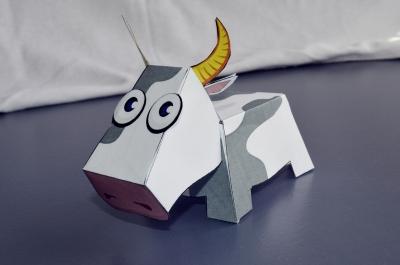 фигурка коровы паперкрафт