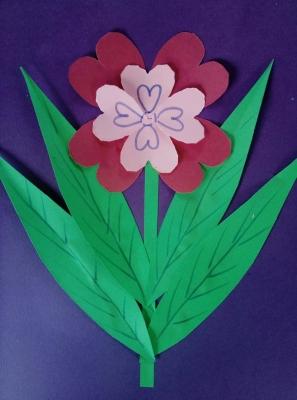 Давайте сделаем поделку с цветочком своими руками и весело проведем время!