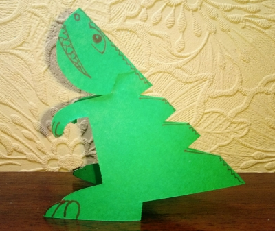 Отправляемся во времена динозавров, ведь сейчас мы сделаем своего динозавра из бумаги.