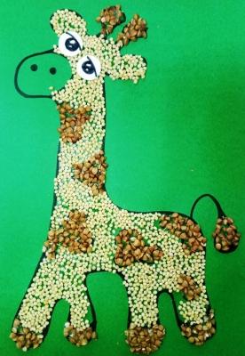 Очень милого и весёлого жирафа из круп, мы сделаем своими руками, прямо сейчас!