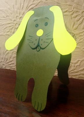 Собака – друг человека, так давайте сделаем такого друга из цветной бумаги.